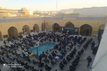 تصاویر/ مراسم عزاداری  اربعین حسینی و بزرگداشت مرحوم آیت الله ممدوحی در مسجد حاج شهباز خان کرمانشاه