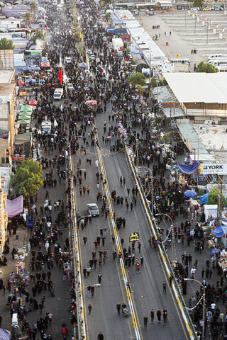 تصاویر هوایی از حضور خیل عظیم زائران اربعین در کربلای امام حسین (ع)