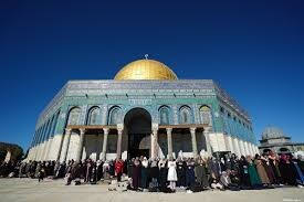 For third consecutive Friday, Israel prevents Palestinians from entering Al-Aqsa Mosque