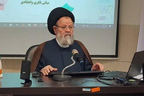 حجت الاسلام والمسلمین حسینی قزوینی