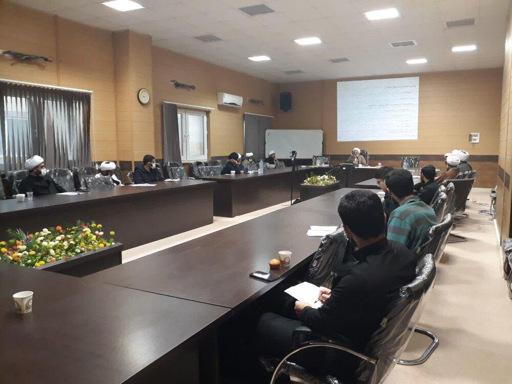 """تصاویر/ کارگاه آموزشی """" مراقبت معنوی و تبلیغ بالینی"""" طلاب جهادی حوزه گیلان"""
