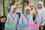 کمک هزینه تحصیلی مدرسه اسلامی بانکوک به دانش آموزان یتیم