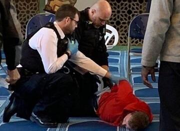 متهم چاقو زدن به موذن مسجد لندن مجرم شناخته شد