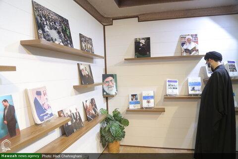 بالصور/ مدير مؤسسة الهداية يتفقد مركز إعلام الحوزة العلمية بقم المقدسة