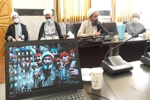 تصاویر/ کمیته بحران و پیشگیری از کرونا در حوزه علمیه کرمانشاه