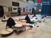 بانوان طلبه برازجانی یک هزار نان نذری اهدا کردند