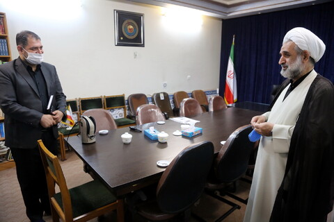 تصاویر/ نشست نماینده رهبری در سوریه با خبرگزاری حوزه
