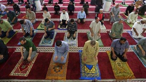 Mosques reopen in virus-hit Gaza Strip