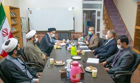 بازدید رئیس مرکز مطالعات راهبردی حوزه از مرکز پژوهشی مبنا