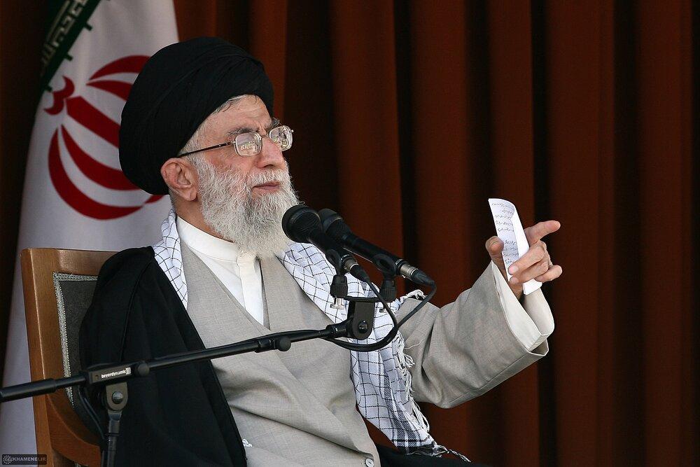 بازنشر/ صوت بیانات رهبر معظم انقلاب در دیدار عمومی با مردم قم ۲۷ مهر سال۸۹