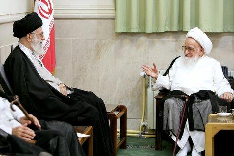 بازنشر/ تصاویر دیدار آیتالله العظمی صافی گلپایگانی با رهبر معظم انقلاب در 30 مهر 89