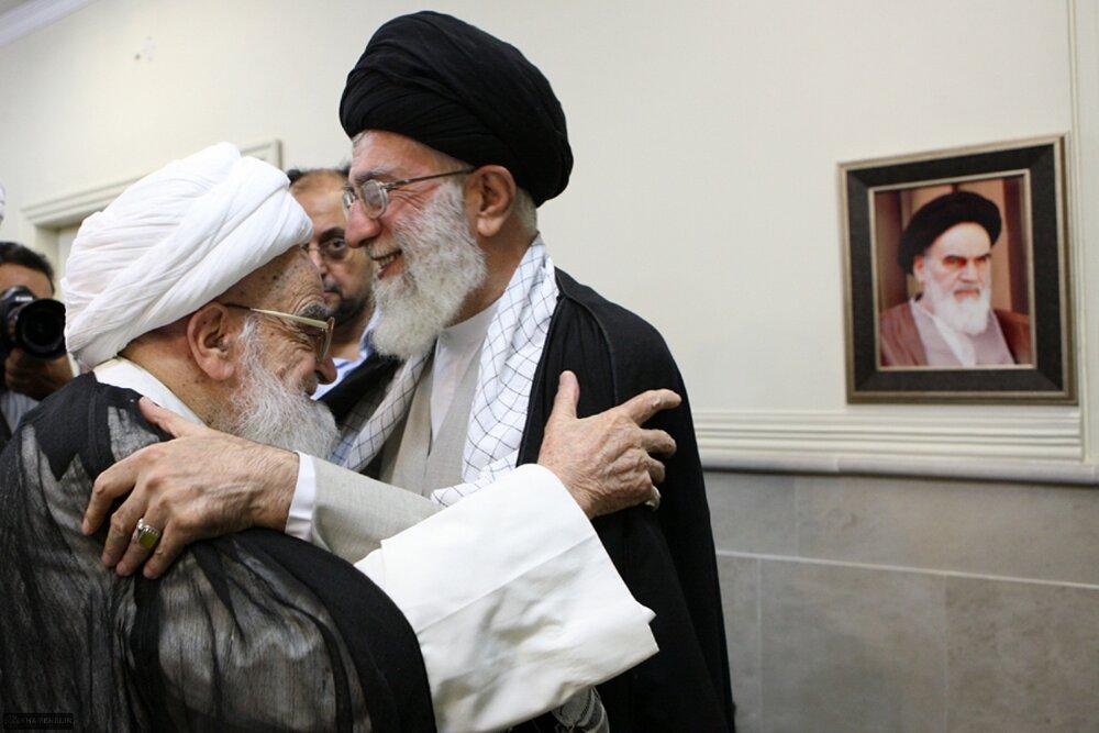 بازنشر/ تصاویر دیدار آیتالله العظمی صافی گلپایگانی با رهبر معظم انقلاب در ۳۰ مهر ۸۹
