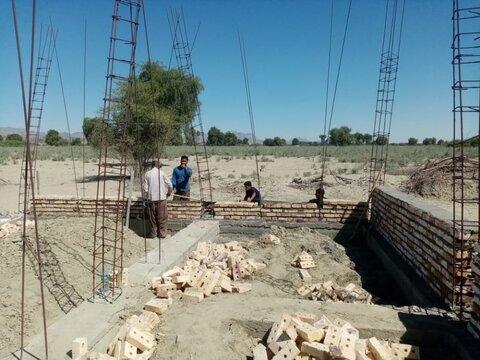 فعالیت گروه جهادی طلاب مدرسه علمیه مولود کعبه شهرستان جاسک در مناطق سیل زده شرق