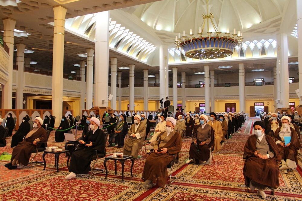 تصاویر/ اختتامیه همایش منطقهای حوزه انقلابی _ حوزه منتظر در شیراز