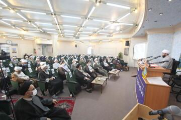 تصاویر/ نشست نمایندگان طلاب و فضلای حوزه علمیه قم با حضور رئیس سازمان تبلیغات اسلامی کشور