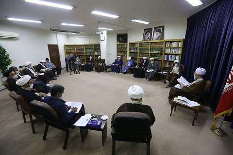 تصاویر/ دیدار مدیر و معاونان حوزه علمیه هرمزگان با آیت الله اعرافی