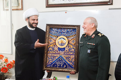al-Kaabi: The US embassy is a military base and the main root of Iraq's problems   Rahim-Safavi: Washington's current strategy is to cut ties between Iraq and Iran