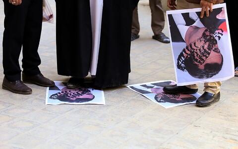 تصاویر/ تجمع طلاب بسیجی مدرسه علمیه شهید صدوقی واحد 2 در پی اهانت رئیس جمهور فرانسه به ساحت مقدس پیامیر(ص)