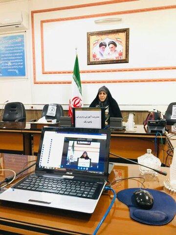 حضور مسئولان جشنواره ملی «بانوی هزاره اسلام» در جمع دانشآموزان یزدی