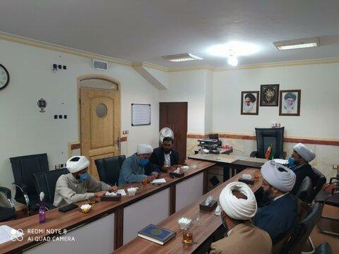 تصاویر|جلسه شورای وقف و منابع پایدار با حضور مدیر حوزه علمیه کردستان و مدیران حوزوی