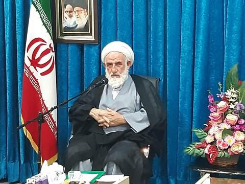 تصاویر/ دیدار آیت الله سلیمانی  با مسئولان قرارگاههای جهادی بسیج کاشان