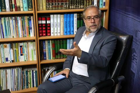 تصاویر/نشست و مصاحبه/رئیس مرکز پژوهشی مبنا