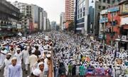 ۵۰ ألف شخص على الأقل يتظاهرون ضد فرنسا في عاصمة بنغلادش + الصور