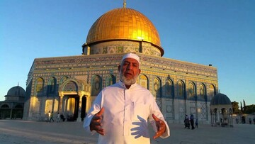 الاحتلال يبعد نائب مدير أوقاف القدس عن المسجد الأقصى ۶ أشهر