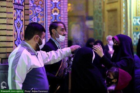 بالصور/ أجواء البهجة والسرور في حرم كريمة أهل البيت (ع) في ذكرى ميلاد النبي الأكرم (ص) والإمام الصادق (ع) بقم المقدسة