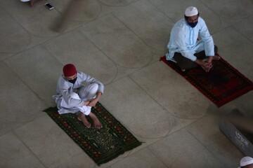 بنگلادش استفاده از ماسک در مساجد و دیگر عبادتگاهها را اجباری کرد