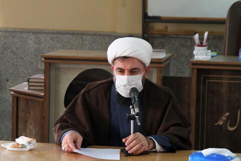تصاویر/ نشست خبری مدیران مدارس علمیه همدان و بهار
