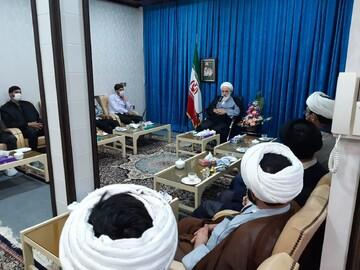تصاویر/ دیدار روحانیون و طلاب بادرود با نماینده ولی فقیه در کاشان