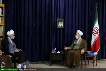 بالصور/ ممثل الولي الفقيه في محافظة كردستان يلتقي بآية الله الأعرافي بقم المقدسة