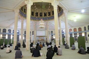 تصاویر / مراسم یادبود شهدای حمله تروریستی دانشگاه کابل در قم