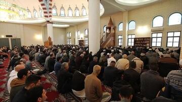 Australia: Muslims resume congregational Friday prayers