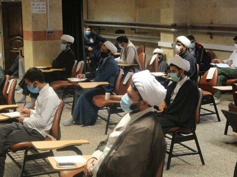 دوره مشاوره بالینی با حضور اساتید و طلاب کردستانی در مدرسه علمیه قروه