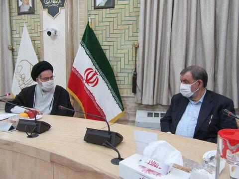 دیدار محسن رضایی و مدیر جامعه الزهرا