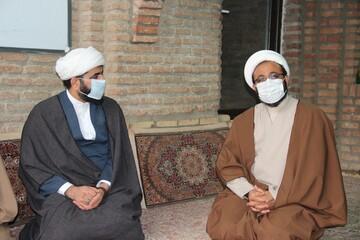 طلاب جهادی حوزه علمیه قزوین همچنان در نبرد با بیماری کرونا