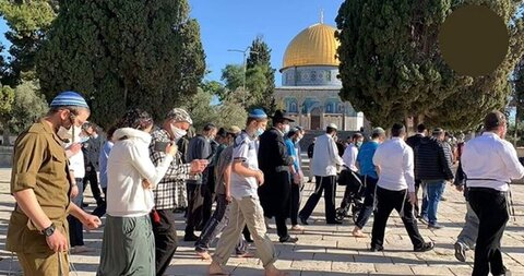 Israeli occupation police cover Jewish settlers' tours at Aqsa Mosque for more hours a 'dangerous step'