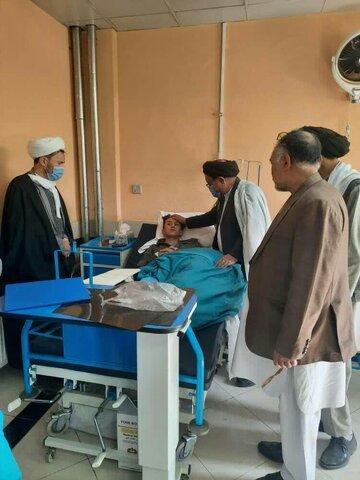 عیادت نمایندگان آیتاللهالعظمی حکیم از مجروحان انفجار کابل