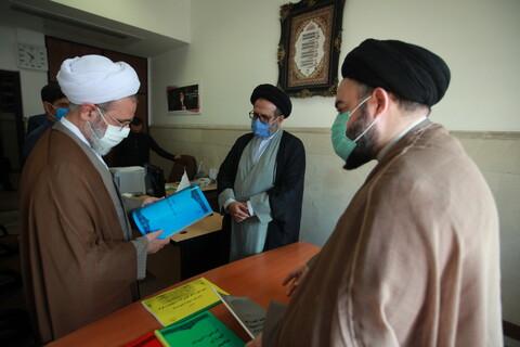 بازدید آیت الله اعرافی از مرکز ارتباطات و بینالملل حوزههای علمیه