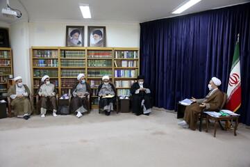 تصاویر/ دیدار نمایندگان طلاب و فضلای استان همدان با آیت الله اعرافی