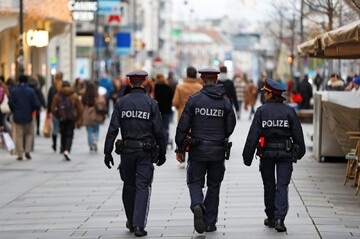 Austrian police asked Muslims derogatory questions during raids, witnesses say