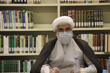 ۲۵۰ بار واژه و مشتقات کتاب در قرآن آمده است