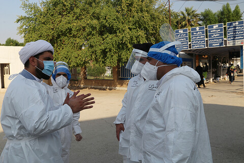 امدادگران حوزوی در خط مقدم نبرد با کرونا