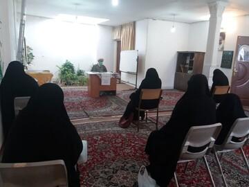 اهمیت کتاب و کتابخوانی در سبک زندگی اسلامی بررسی شد