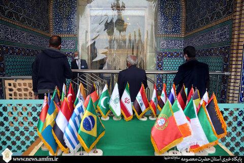 زیارت نیابتی زائران غیر ایرانی