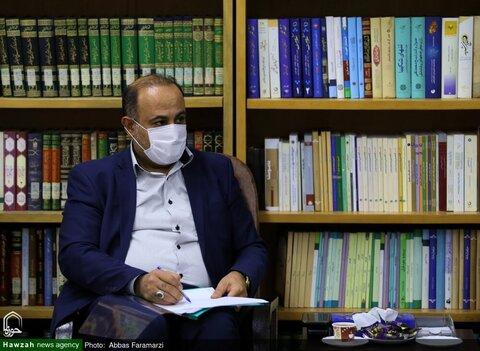 بالصور/ مسؤول مكافحة المخدرات في محافظة قم يلتقي بآية الله الأعرافي