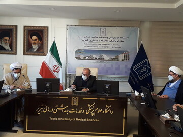 تصاویر / نشست مسئول کمیته مشاوره ستاد مقابله با بحران و حوادث غیرمترقبه حوزه با رئیس دانشگاه علوم پزشکی تبریز