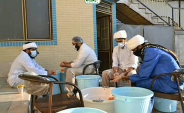 فیلم | فعالیت جهادی طلاب مدرسه فقهی علی بن موسی الرضا(ع) قم برای بیماران کرونایی